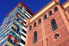 two ages (victorloe) Tags: old sky color art colors architecture modern canon germany deutschland office artist factory harbour haus architektur nrw 5d dusseldorf haben mkii medienhafen