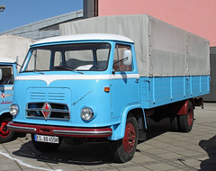 Borgward Cabover Truck (The Rubberbandman) Tags: world auto old classic beauty truck work vintage germany outdoor cab transport over engine meeting goods lorry fabric cover german transportation vehicle bremen freight coe motorshow fahrzeug flatbed lastwagen borgward lkw laster cabover vintahe b655