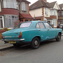 1971 Hillman Avenger (uk_senator) Tags: 1971 turquoise hillman avenger yar139k