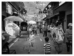 Stop Thief ! (FimRay) Tags: street blackandwhite monochrome kids children asian blackwhite asia chinatown child crowd running run monotone through crowded youngsters traditionalstreet