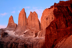 Torres de Paine (Micheline Fontana) Tags: chile torresdelpaine amanhecer patagonia2016