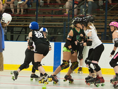 IMG_0243 (clay53012) Tags: ice team track flat arena madison skate roller jam derby league jammer mrd bout flat wftda derby womens track hartmeyer moocon2016