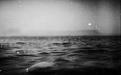 (Victoria Yarlikova) Tags: sea film monochrome analog darkroom 35mm vintage iso100 lomo mare grain scan zenit expired analogphotography pellicola smallformat traditionalprocess