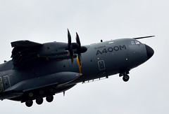A400M Atlas (Bernie Condon) Tags: flying display aircraft aviation military transport cargo airshow airbus atlas farnborough fbo airlift a400m