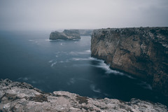 Cliffs (CROMEO) Tags: cliffs algarve sagres faro portugal peninsula iberica water mar sea acantilado nublado brisa long exposure lagos san vicente turismo turism people view point cromeo cr photo photography pic nikon haida europe