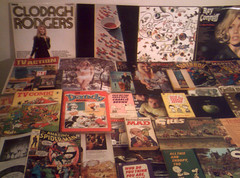 1970 - 1971 : (Retro King) Tags: 1970 records vinyl albums 1971 retro paperbacks snoopy peanuts annuals comicbooks clodagh rodgers lps magazines led zeppelin pop mccartney collectables