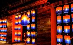 Chiang Mai Thailand (Ashit Desai) Tags: blue sky people sculpture food statue festival thailand gold terracotta buddha culture monk parade celebration mai thai lanterns lantern figurine wat chiang ping buddism yi luang lanna loy singh yee loi phra chedi desai 2014 doi suthep suan dok krathong umong ashit bupparam