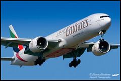 Emirates Boeing 777-31H(ER) A6-EGL (Sri_AT72 (Sriram Hariharan Photography)) Tags: plane photography airport aviation emirates boeing kia 777 spotting planespotting boeing777 devanahalli blr bengaluru 777300er bial aviationphotography boeing777300er vobl bengaluruinternationalairport boeingairplanes a6egl kempegowdainternationalairport