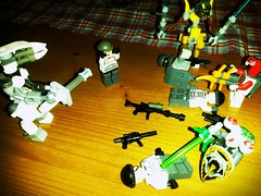 My Aliens vs my eu troops. End 1. (my name is schimmi) Tags: lego space eu aliens invasion thepurge