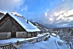 Montmin, Haute Savoie. (Thomas Szymczak) Tags: france topf25 alpes canon topf50 topf75 ciel neige savoie paysage topf100 hdr montagnes autofocus montmin greatphotographers platinumheartaward flickrunitedaward