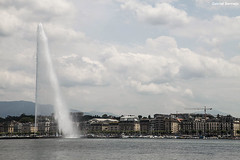 Agua lanzada a las nubes - Ginebra (Gabriel Berme