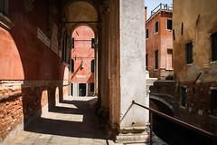 Venise (JP2H) Tags: detail building architecture construction arquitectura edificio architektur difice bauen detalles bau architettura immeuble dtail gebaude
