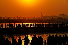 Allahabad, Kumbh Mela (silvia.alessi) Tags: sunset people orange sun india color silhouette river colorful asia ganges kumbhmela