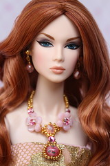 Lilith (Isabelle from Paris) Tags: up fashion night all ooak royalty lilith reroot nuface isabelleparisjewels