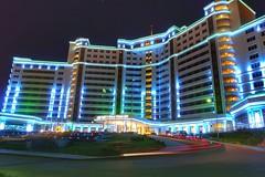 Hotel Ashgabat (daniromero135) Tags: travel color building cars colors car architecture lights hotel luces arquitectura asia sony colores business viajes traveling turkmenistan 2016 ashgabat estelas asiacentral rx100m3