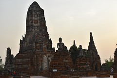 _DSC0339 (lnewman333) Tags: sunset sea river thailand temple seasia southeastasia buddhist unescoworldheritagesite ayuthaya ayutthaya chaophrayariver 1460 watchaiwatthanaram kingprasatthong