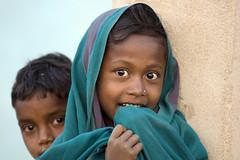Tribal gond children (wietsej) Tags: india children sony tribal 70200 gond a700 chhattisgarh sal70200g kawardha