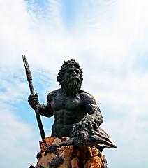 IMG_3654~Neptune (Cyberlens 40D) Tags: va beach resorts ocean sculptures gods neptune canon sea fauna turtles marine fish