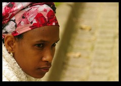 JUNI0539bis (Leopoldo Esteban) Tags: africa brussels woman black mujer women belgium belgique african femme bruxelles bruselas mujeres belgica femmes afrique africana peul afric africanfashion leopoldoesteban
