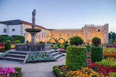 Jardim de Santa Barbara (nunodanielcosta) Tags: jardim santa barbara saint braga portugal garden europe europa flowers flores sunset por do sol