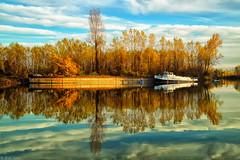 Dunavac - Kovin. (ivanBu) Tags: kovin dunav dunavac srbija serbia danuberiver danube reka river nature reflection boat bukvicivan nikond5200 nikon