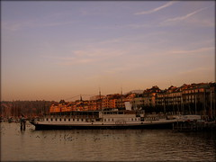 Heritage boat at Lake Geneva, Switzerland (Wagsy Wheeler) Tags: sunset lake heritage switzerland evening boat geneva geneve harbour dusk swiss leman lakegeneva lacleman suiss heritageboat