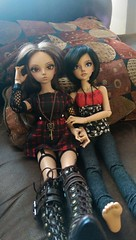 Ellaria and Moriena - Sometimes Girlfriends (shleechan) Tags: fl fairyland mnf minife minifee mirwen rheia ellaria moriena