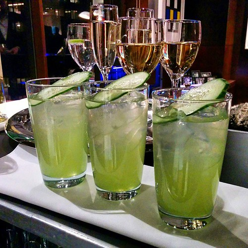 #cucumberfizz #mixologynyc #vodka #stgermaine #cucumberjuice #lemonjuice #simplesyrup #seltzer #delicios #refreshing @raimundcooks