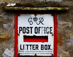 Get it sent (steverichard) Tags: old red england 6 english vintage postes photo george king foto village post mail image box yorkshire letters steve rusty richard letter postbox angleterre weathered crown british gr aged iv postage vi 6th dales wharfedale kettlewell