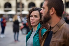 140 (Toni Jover) Tags: barcelona street winter portrait canon lens photography prime photo couple open bokeh bcn wide strangers streetphotography 85mm streetportrait curls arches stranger curly portraiture f18 plaa 6d reial plaareial streetportraiture primelens canonef85mmf18usm canoneos6d