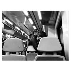 CERCANÍAS (Vallelitoral) Tags: old blackandwhite bw woman man cute love blancoynegro train vintage tren nice mujer kiss flickr amor bn retro beso hombre iphone flickraward iphonegraphy