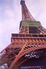France - Paris - Eiffel Tower (Marcial Bernabeu) Tags: 2003 paris france tower torre eiffel francia bernabeu marcial bernabu