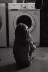 * (Dalla*) Tags: boy portrait white black lensbaby kid child watching washingmachine documenting observing washingroom wwwdallais edge80