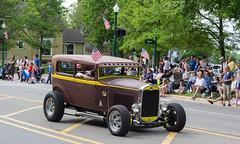 IMG_2842 (marylea) Tags: classic car vintage classiccar parade memorialday 2015 may25 memorialdayparade