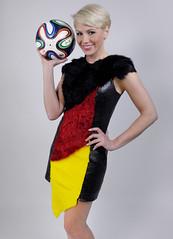 10.6. Start der Fussball EM (juergenberlin) Tags: portrait girl beauty fashion soccer blond fusball