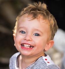 cheerfulness (Andrea Zille) Tags: sardegna monteirveri golfodiorosei calagonone ritratti portraits visi bimbi volti primipiani espressioni bambini