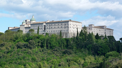 Monte Cassino - the Polish cemetery to abbey