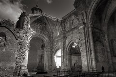 Des-amortizacin (Zearil) Tags: d7100 nikon church spain ruins old historia espaa zaragoza piedra monasterio iglesia ruinas