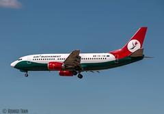 AIR BUCHAREST.  Boeing 737-3L9.  YR-TIB (Rodrigo Tran Corts) Tags: zaragoza spain spotting boeing