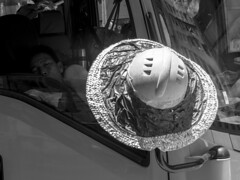 Good Afternon, Worker (Job Homeless) Tags: hongkong monochorme mongkok blackandwhite streetsnap streetphotography hat workers sleeping