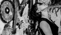 au dela.....1/2 (peu prsente...ailleurs !) Tags: danse portrait visage buste friche improvisation