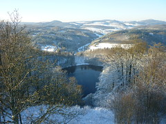 Gemndener Maar (Jrg Paul Kaspari) Tags: schnee winter landscape hike eifel landschaft daun wanderung 2014 vulkaneifel schneewanderung daunermaare gemndenermaar maarseetour