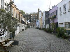 Paddington Mews (vw4y) Tags: uk london paddington charming mews smallhouses culdesac northlondon windowboxes cobbledstreet pastelcolours londonmews nearthestation