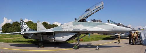 MiG-29 panoramique