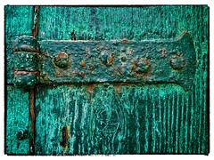 Green Paint (Leo in Canberra) Tags: venice italy rust italia venezia 2009 greenpaint