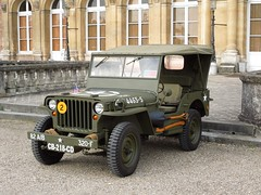 JEEP HOTCHKISS-WILLYS (xavnco2) Tags: france classic cars army automobile jeep antique eu vehicle normandie autos chateau common militaire kaki seinemaritime véhicule hotchkisswillys
