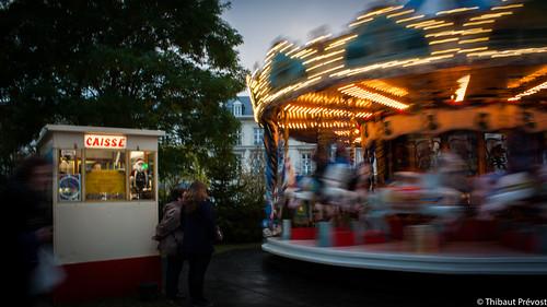 Vitesse et amusements, marché de Noël à Amiens