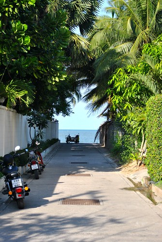 Hua Hin to beach