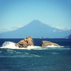 台風の後は空が澄んで綺麗。今日は西伊豆から富士山が綺麗に見えました。Nice clear view from west #Izu to #Fuji