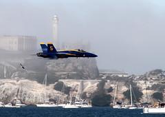 US Navy Blue Angels F/A-18 Hornet (JerryKSAN737) Tags: sanfrancisco blue united navy angels hornet states f18 usn fleetweek fa18